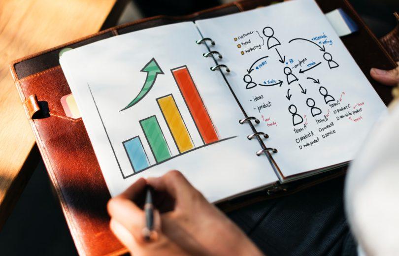 Badanie 79% marketingowców wykorzystuje SEO w swoich strategiach
