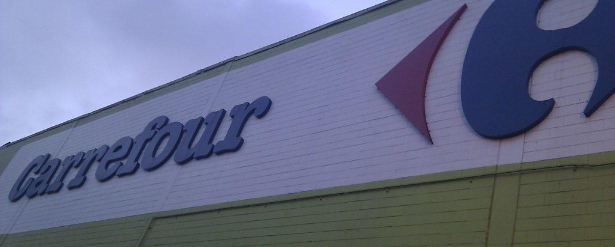 Carrefour inwestuje w możliwość robienia zakupów spożywczych przez Internet